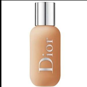 Dior backstage face & body foundation 4 warm